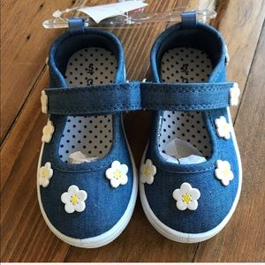 Carter's daisy chambray Mary Jane sneakers size 5